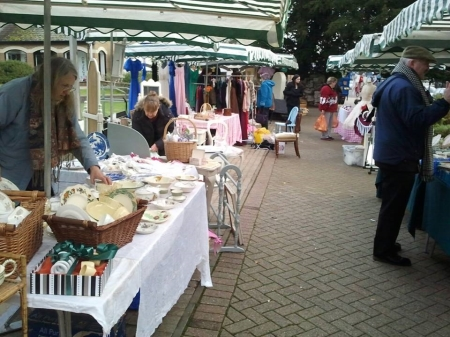 The VIntage Market in the Hollies Gardens